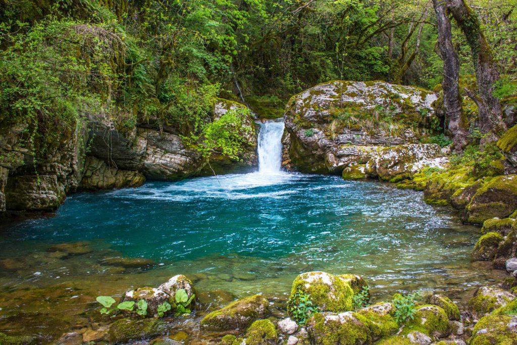 Φυσική Πισίνα Κουιάσα/Kouiasa Natural Pool