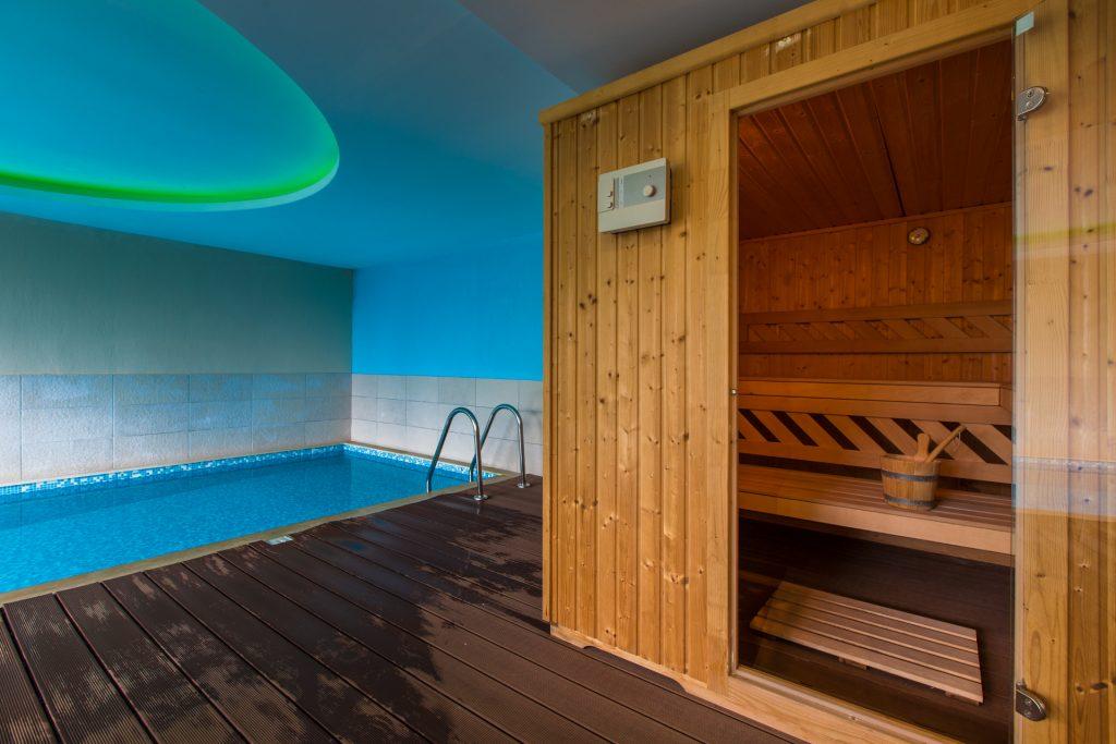 Sauna and Swimming Pool/Σάουνα και Πισίνα