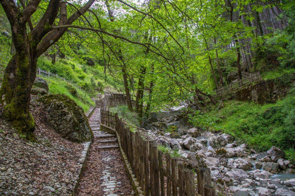 Skala trekking route/Μονοπάτι σκάλας