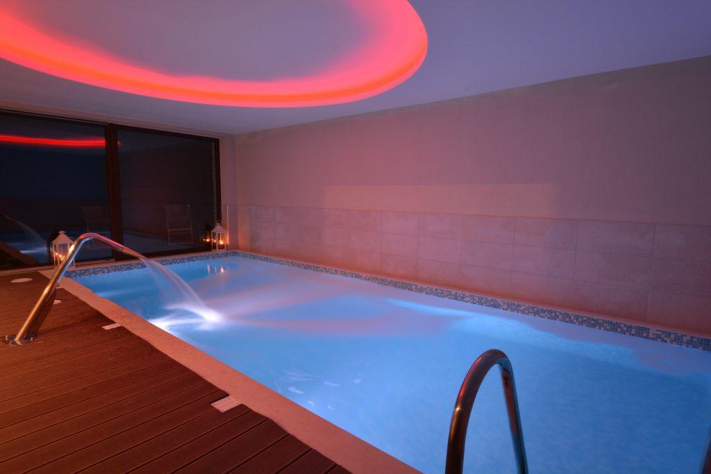 Swimming Pool/Πισίνα
